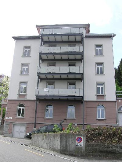 balkon auf stelzen pfosten terrassenplatten auf beton verlegen elvenbride. Black Bedroom Furniture Sets. Home Design Ideas